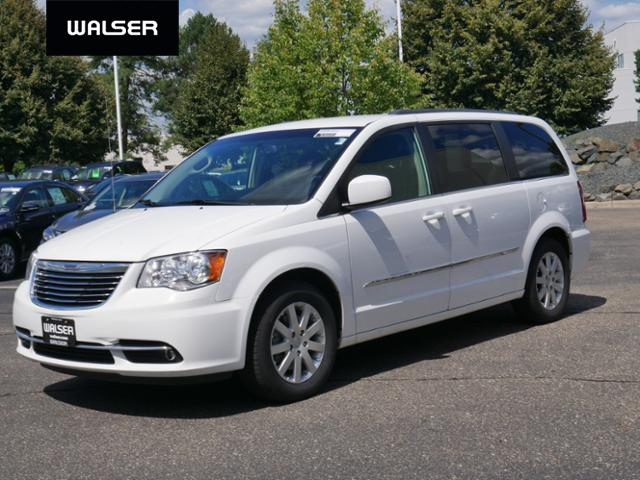 Pre-Owned 2014 Chrysler Town & Country Touring