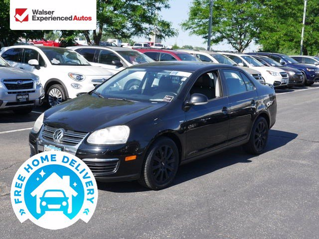 Pre-Owned 2009 Volkswagen Jetta Sedan Wolfsburg